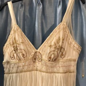 Beautiful silk and gold beaded ABS dress size 6 NT